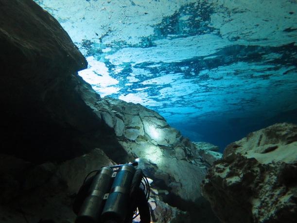 Közteledve a másik cenote kijáratához