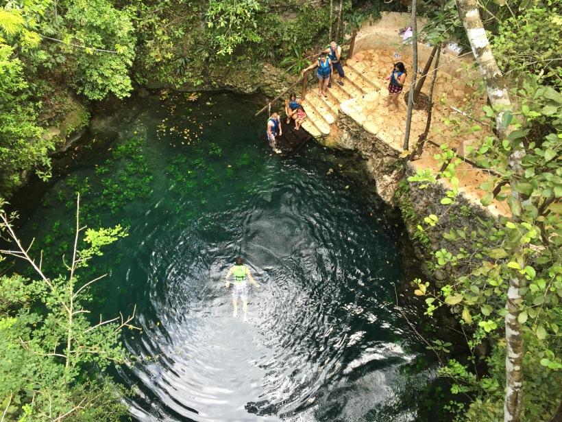 A cenote felülről